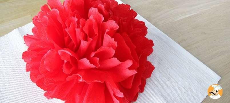 Flor de papel crep para tu mesa de navidad