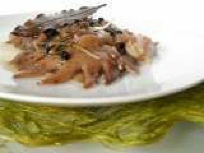 crestas de gallo de corral confitadas receta petitchef