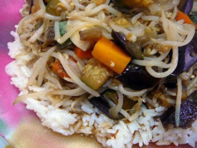 Arroz con vegetales salteados en especias wok receta - Arroz con verduras light ...