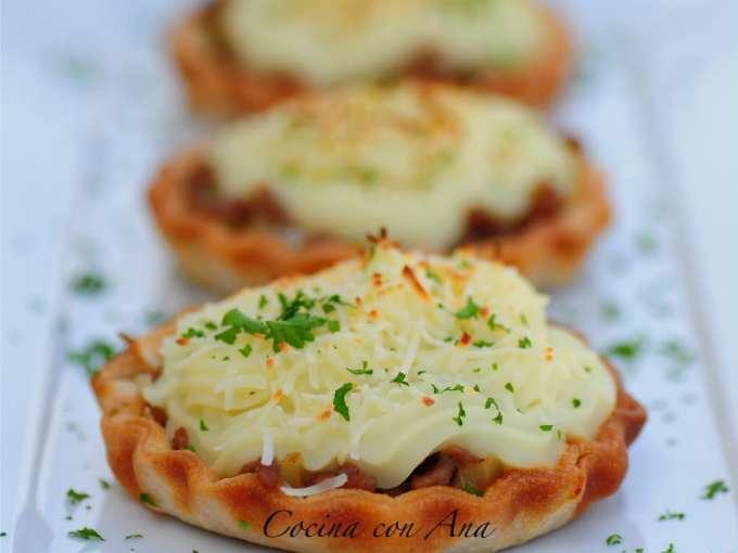 Tartaletas de carne y pur� de patata