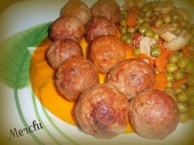 Alb ndigas de carne con guarnici n de verduras receta - Guarnicion para albondigas ...