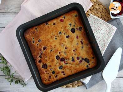 Receta Brownie de chocolate blanco y frutos rojos (Blondie)