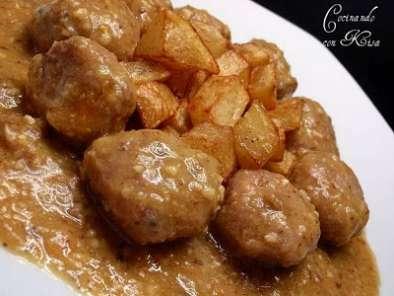 Alb ndigas en salsa de almendras fussioncook receta - Acompanamiento para albondigas ...