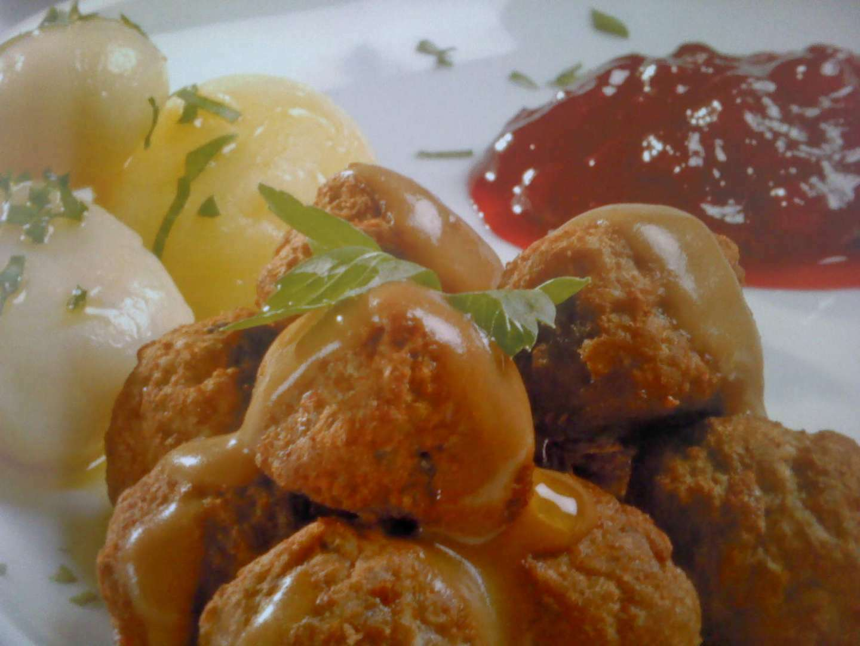 Alb ndigas en salsa de nata receta petitchef - Acompanamiento para albondigas ...