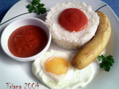 Arroz a la cubana con huevo y pl tano receta petitchef - Calorias arroz a la cubana ...