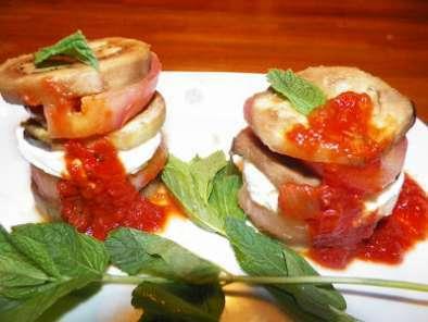 Berenjenas con mozzarella y tomates receta petitchef - Berenjenas con mozzarella ...