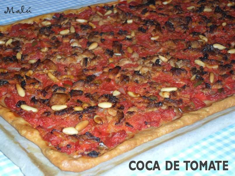 Coca de tomate masa