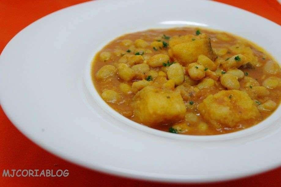 Cocido de garbanzos con bacalao receta petitchef - Preparacion de garbanzos cocidos ...