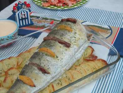 Cola de merluza al horno receta petitchef for Merluza al horno facil