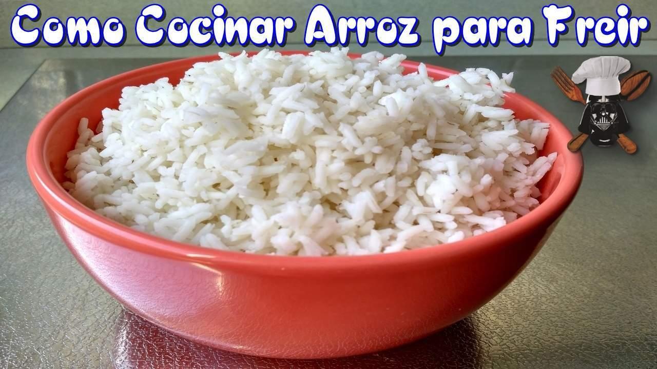 Como preparar el arroz para poder freirlo receta petitchef for Como cocinar arroz