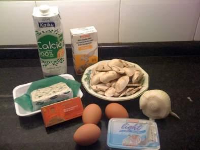 Crepes de anchoas y champi ones con salsa roquefort - Ingredientes para crepes ...