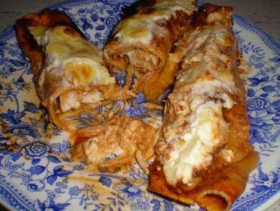 Enchiladas rojas de pollo receta petitchef for Tipos de encielados