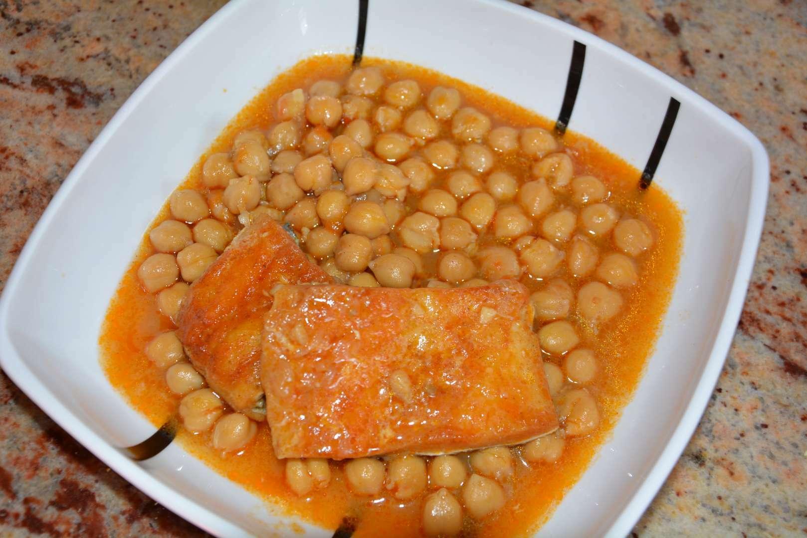 Garbanzos con bacalao en olla rapida receta petitchef - Bacalao con garbanzos y patatas ...