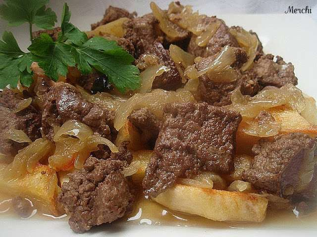Higado de ternera encebollado receta petitchef for Cocinar higado de ternera