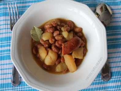 Jud as pintas con chorizo receta petitchef - Judias pintas con manitas ...