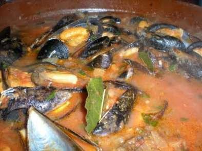 Mejillones en salsa receta petitchef for Cocinar mejillones en salsa