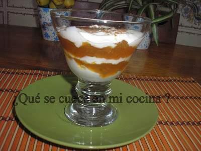 Multicapa de n speros en alm bar y yogurt receta petitchef for Cocinar nisperos
