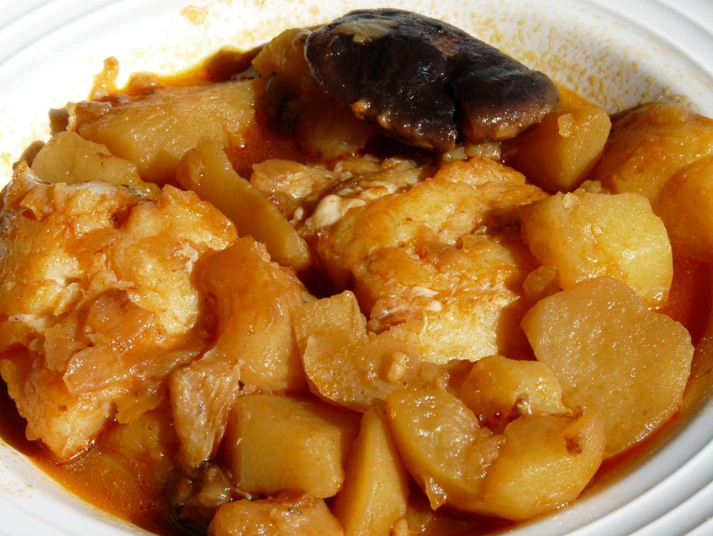 Patatas con bacalao y setas chef o matic pro receta - Bacalao con garbanzos y patatas ...