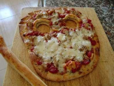Pizza De Harina De Garbanzos Con Salsa Boloñesa Receta Petitchef