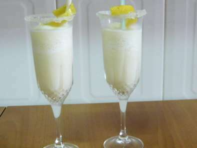Sorbete de lim n al cava receta petitchef - Sorbete limon al cava ...