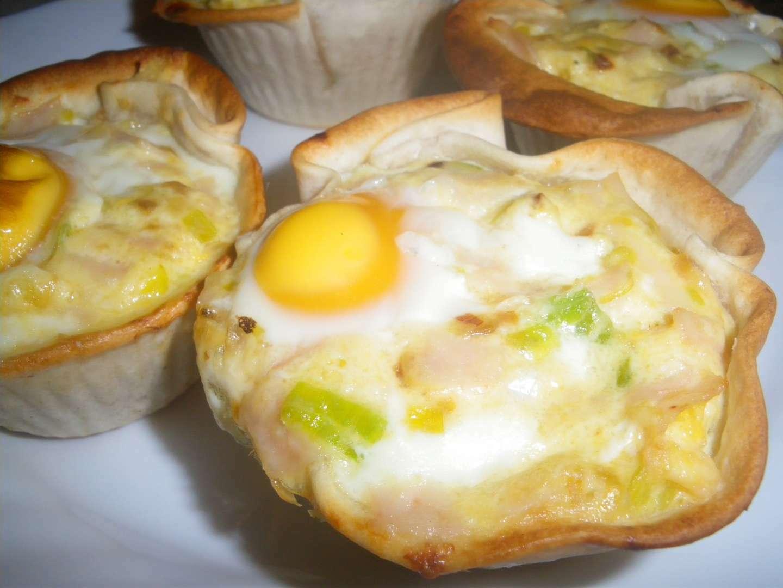Tartaletas de obleas con puerro y huevo receta petitchef - Hojaldre de puerros y gambas ...