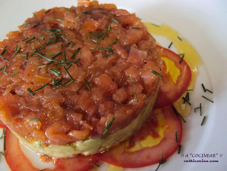 Tartar de salmon ahumado y aguacate receta petitchef - Ensalada de aguacate y salmon ahumado ...